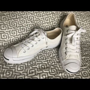 *like new* white converse jack Purcell's